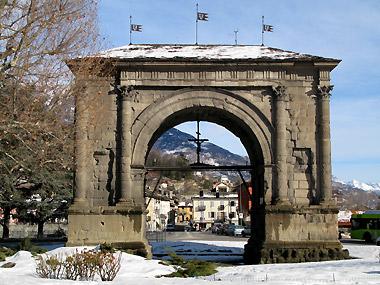 L'Arco d'Augusto